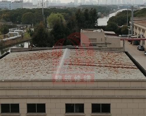 生锈屋面翻新